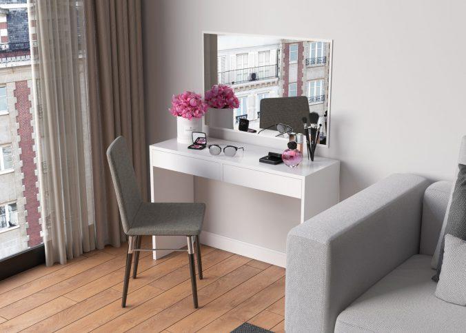 tafel met spiegel